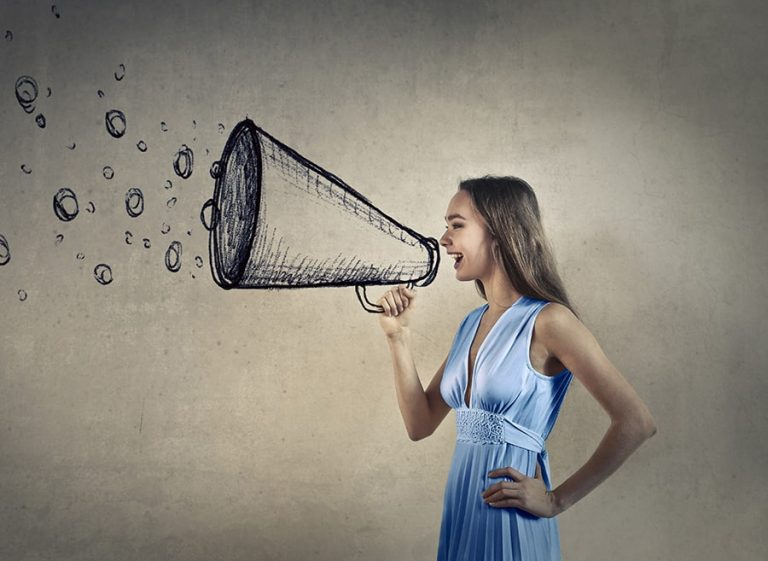 Recherche vocale et référencement vocal